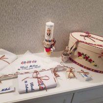 Trusou + Cufar + Lumanare Pentru Botez Personalizate Prin Broderie Cu Motive Traditionale.